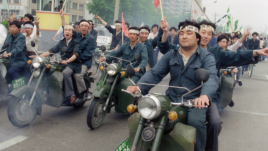 CHINA-BEIJING SPRING-TIANANMEN-WORKERS